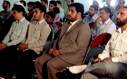 آقای نادر طالب زاده در همایش سراسری وبلاگ نویسان مهدوی